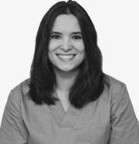 https://www.periodonciavigo.com/wp-content/uploads/2015/06/carmen-gomez-gome-restauradora-clinica-xiana-pousa-200x207.jpg